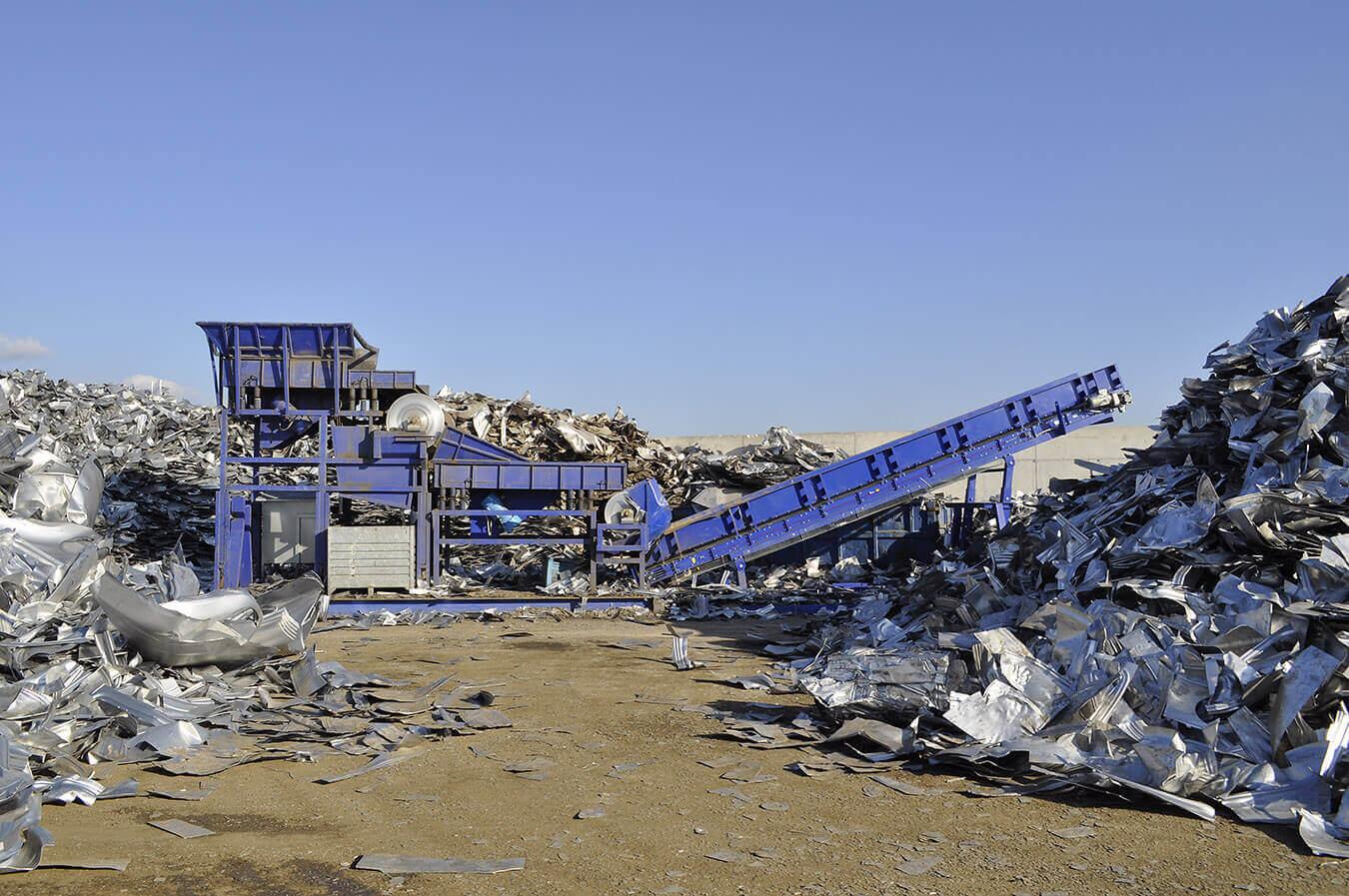 Separácia a chemická analýza kovových odpadov