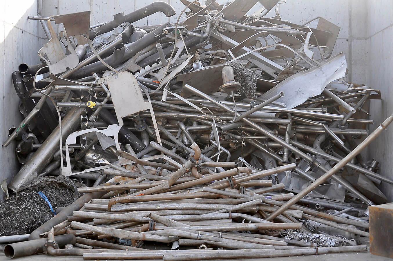 Zber, triedenie a spracovanie kovových odpadov